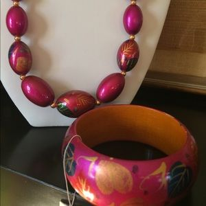 Jewelry - Vintage Bracelet NWT and Necklace Wood Hot Pink